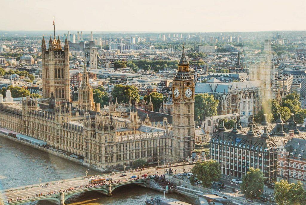 非ロンドン市民の「ロンドン・コンプレックス」 英シンクタンクの ...